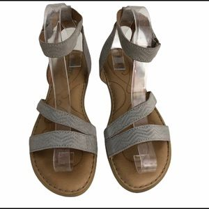 Born Taupe Leather Sandals Sz. 8